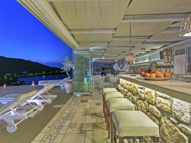 Eirini Luxury Hotel Villas – RL031