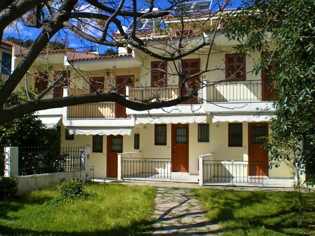 Stathopoulos Apartments – RL013